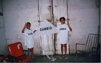 Children supportin FLAMUR in Cuba