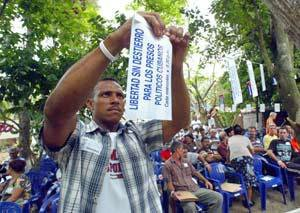 Cuba May 20 2005 dissident protest