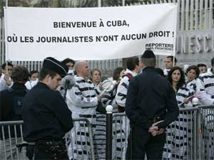 Paris protest for freedom of speech in Cuba